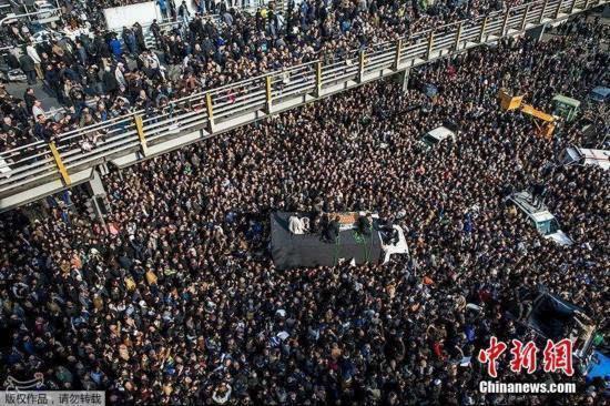 贾尼/当地时间2017年1月10日,伊朗德黑兰,伊朗前总统拉夫桑贾尼葬礼...