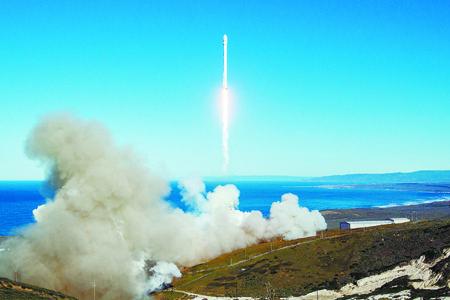 美猎鹰9重返太空  首次在太平洋实现海上回收