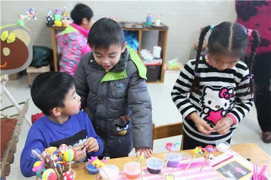 延庆区永宁幼儿园举行第二届娃娃庙会