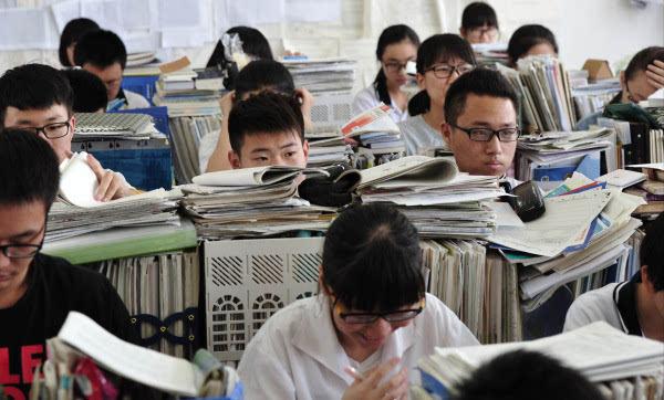 是什么原因导致中国近视人数持续升高?