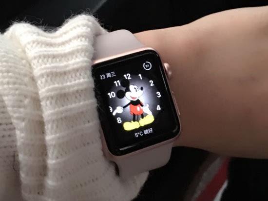 Apple Watch表带或配电池延长续航