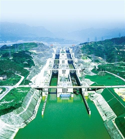 三峡工程庞大综合效益综述:高峡平湖舞蛟龙