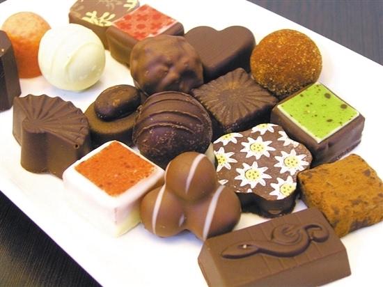 diy巧克力制作_新闻 正文  亲自动手制作,绝对是情人节礼物的加分项目,巧克力也不