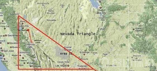 美国51区出现巨型圆盘UFO 竟是谷歌地图发现