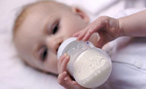 解码婴幼儿奶粉营养成分营养成分越多未必越好