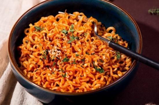世界辣椒排行榜_世界排行前5名辣椒,最后一种吃上一口能让你辣一个小时