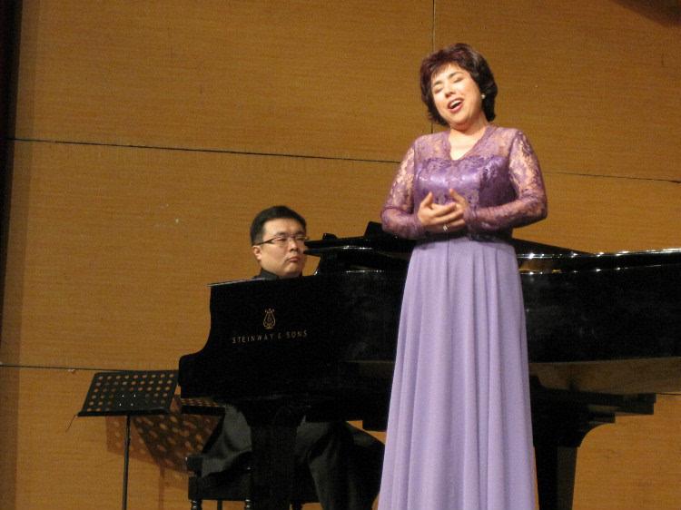 夜莺钢琴五线谱