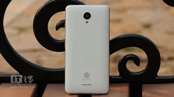 中国移动A3手机体验评测:物尽其用的百元机 -