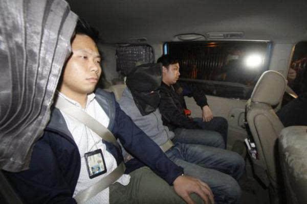 香港一停车场纵火连烧八车案进展:三男子被捕