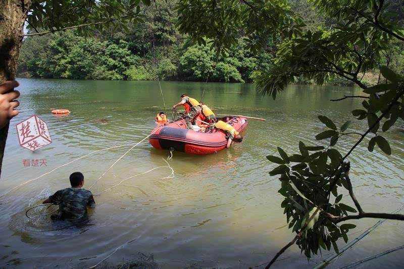 湖北多名高中生在水库洗澡2人逞强下水不幸溺亡