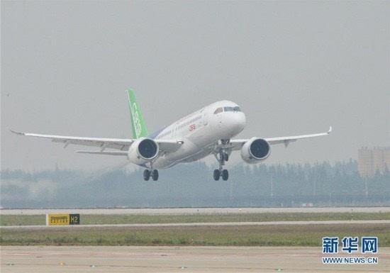 中国首款国际主流水准的干线客机C919首飞(组图)