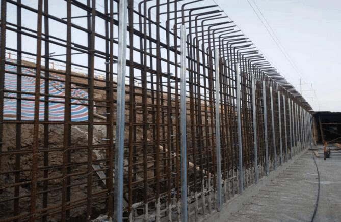 下综合管廊支架预埋件施工方案