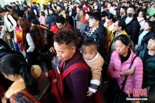 印度人口已超中国?人口专家预判还要再等5年