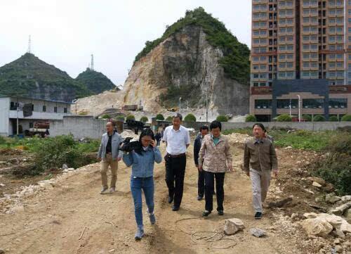 安顺市领导率队到开发区督察环境突出问题整改落实情况