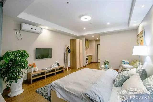 46平长条形单身公寓,直接把客厅当卧室,不要餐厅啦!图片