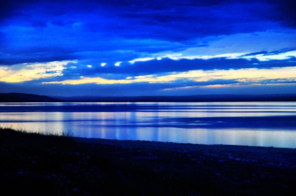 青海湖,且听花开 - 行者绿豆 - 陌路如花