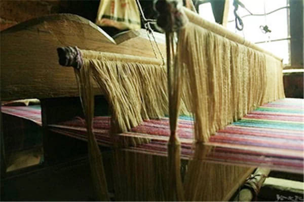 织布机教程新世纪综合大学英语图片