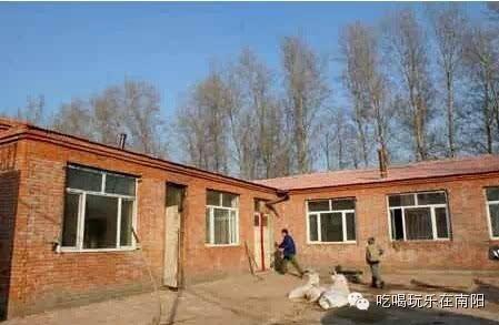 7,楼房 解放前,楼房不多,且只有两层,砖木结构,盖法与瓦房基本相同,在