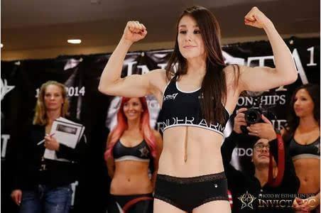 世界最美女格斗手颜值爆表