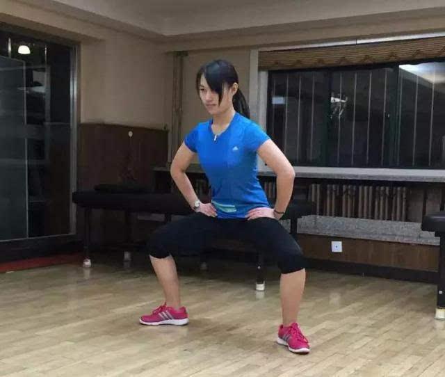 大腿内侧肌肉训练