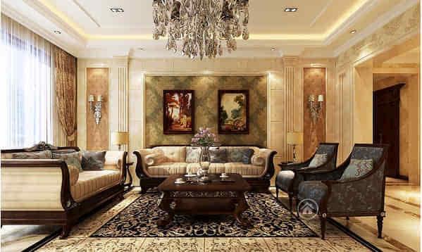欧式装修装修元素怎么能少得了软包呢?一款欧式软包沙发背景墙就能满足空间的装饰,有了这样的墙面装饰,再使用其他的装饰,就显得有点画蛇添足了。软包的一个特点是能吸附噪音,这样的材料装饰实用两不误,是欧式家居必备装修元素啊!   欧式沙发背景墙设计-挂画+灯光:最具古典美