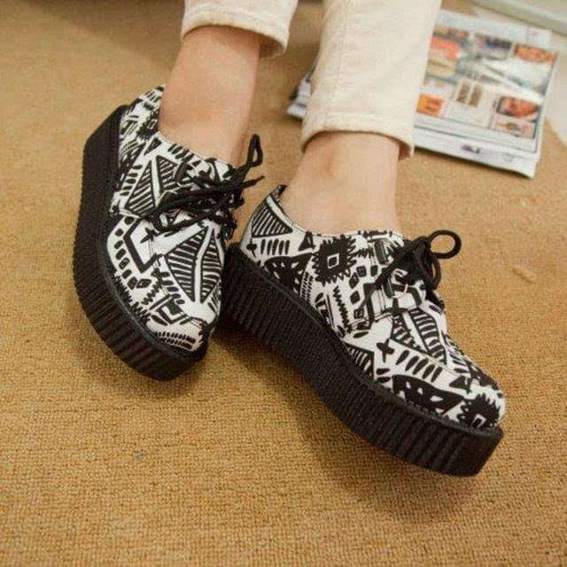 从穿鞋习惯看你的心理性格 从穿鞋类型看女人的性格特征 相术命理 第8张