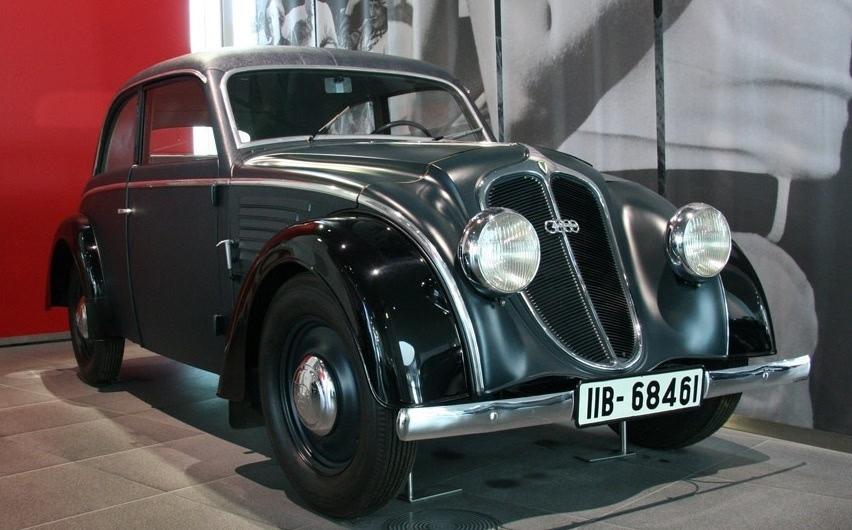 奥迪汽车的历史高清图片