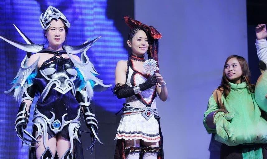 日本av人體艺术_正文  在中国大受欢迎的苍井空随后把眼光投向了中国市场,成为日本av