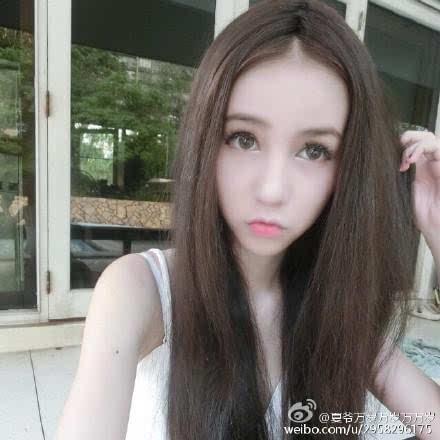 泰国最美变性人Poy和变性人yoshi比美,真女人