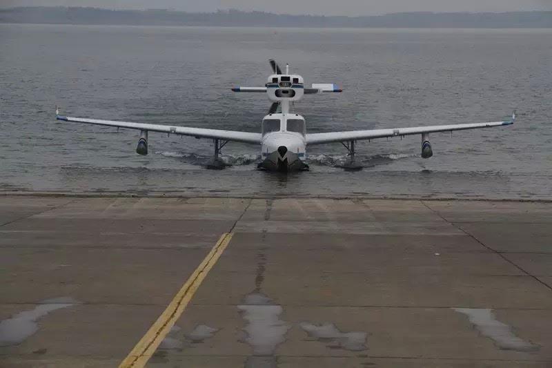 新发现   中国通用飞机新机试飞第一人孔翔