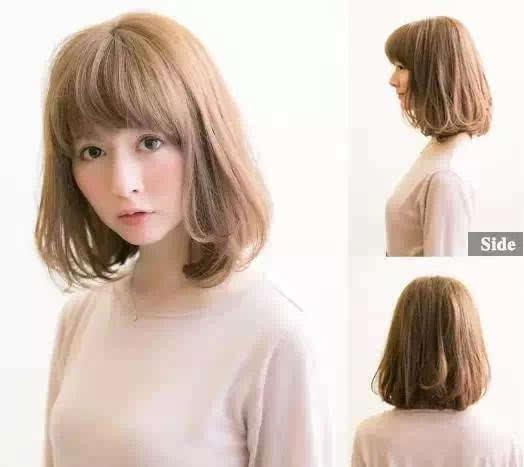 中发发型侧分,大片的头发有修颜的效果,很适合圆脸与大脸的mm.图片