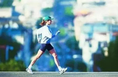 慢跑和快走,哪个v艾灸艾灸好?这个夏天就靠它了效果瘦腿图经络图片
