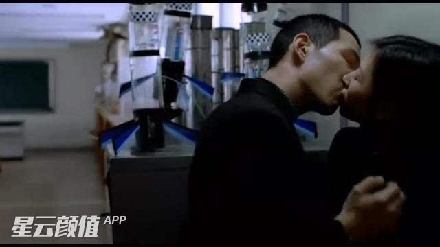 韩国三级我的前后女友最近韩国综艺同床异梦大热参与节目演出的秋瓷炫和老公于晓光引发了韩国观众的关注很多韩国人看了节目之后都