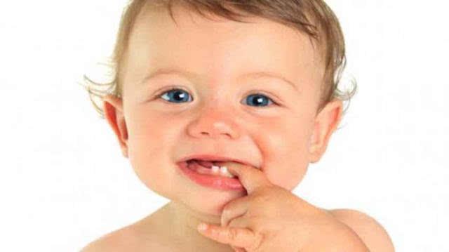 宝宝斜颈那根筋