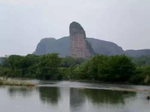 中国7大最像阴茎的山峰,人根峰长的太像(令人脸红)(www.souid.com)