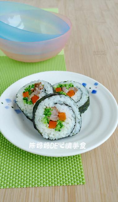 寿司作为一种特色小吃,为什么受到许多人的喜爱呢?其原因无