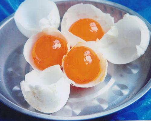 酱油腌蛋黄的原理_蛋黄哥
