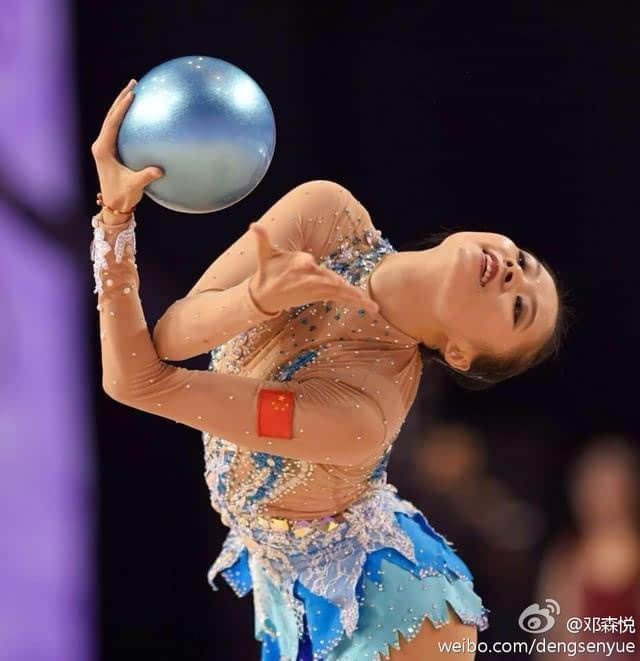 艺术体操美女邓森悦结婚多少男人哭瞎!形体曼