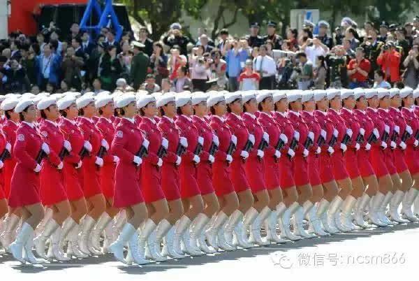 中国2015大阅兵看各国网民如何评论_米尔手