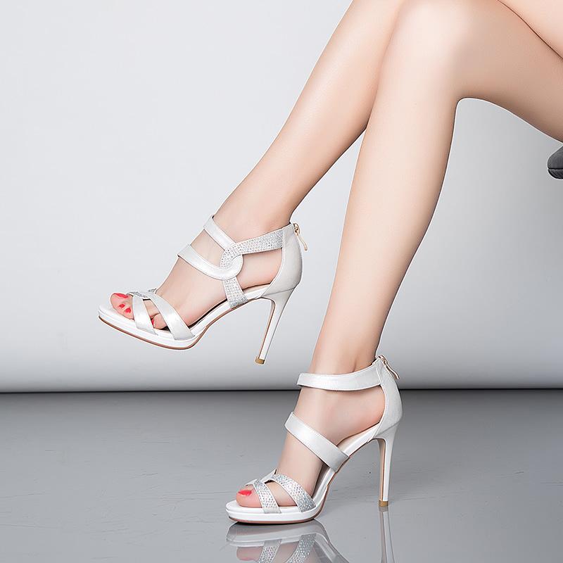 高跟鞋 拉直萝卜腿显高挑