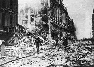 废墟上的重生 二战后的城市