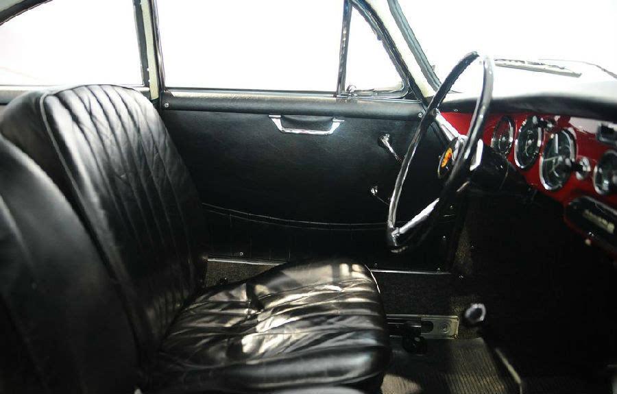 """这辆保时捷""""356B""""是慕尼黑某汽车博物馆的镇馆之宝图片"""