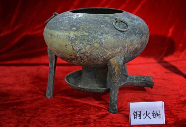 江西南昌海昏侯墓考古 发现 孔子像 和马蹄金