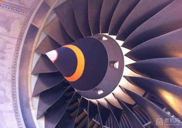 新3D打印技术可以制造汽车、飞机和电脑等产品组件