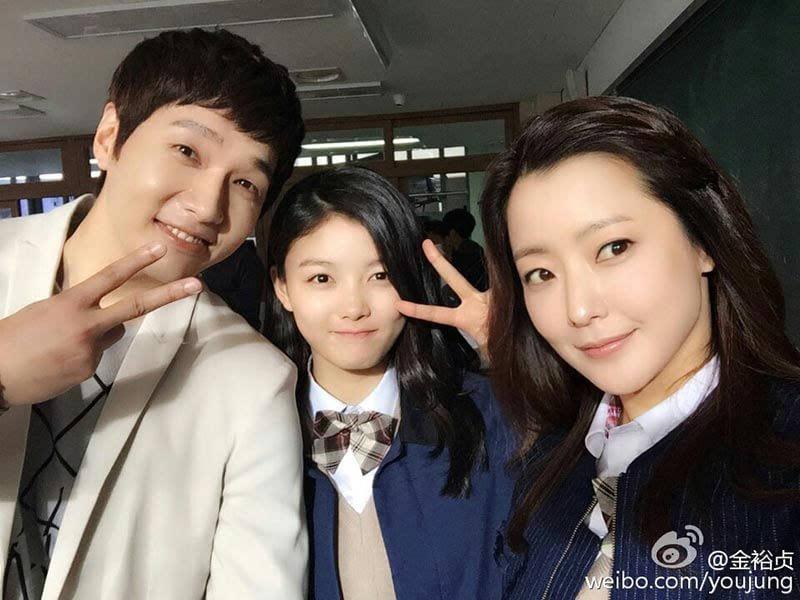 》   金有贞金素贤两童星出演《拥抱太阳的月亮》   雪莉成年后写真   雪