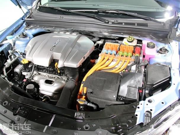 荣威 550 插电式混动   比亚迪   总裁王传福曾在接受媒体高清图片