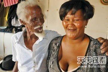 女子长男性器官 猎奇全球20大人体奇闻