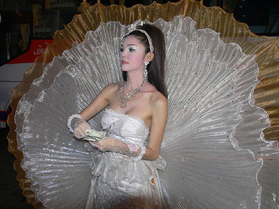 做梦都想不到:泰国人竟然如此分辨女人和人妖