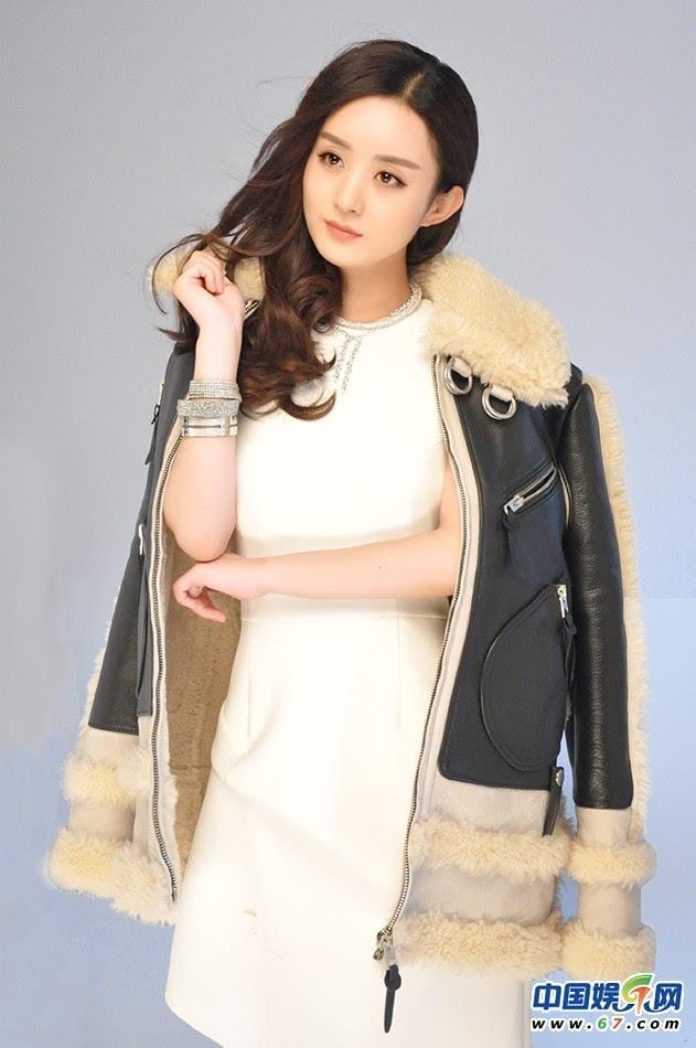 赵丽颖时尚封面驾驭多风格 海洋公主pk烈焰女王图片
