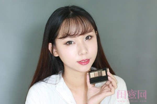 【闺蜜体验团】眼窝骨干和睫毛膏示范一个简单的妆容插图14